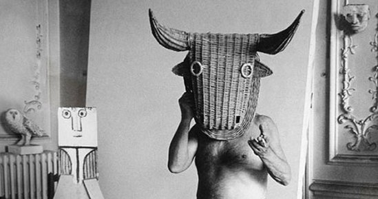 picasso-with-wicker-bulls-head