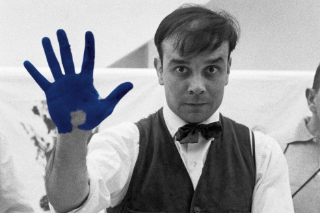 article_all_about_yves_yves_klein_2000x1333.jpg